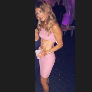 Mauve/pink dress